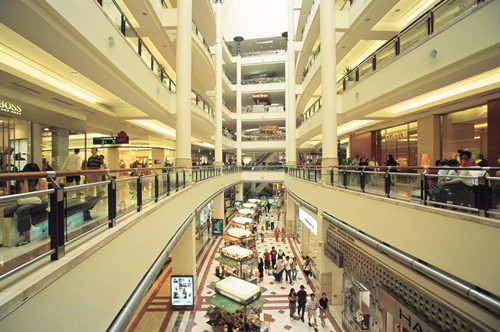 """北辰购物""""体面""""的倒下了,但百货商场会有""""体面""""的未来吗?"""